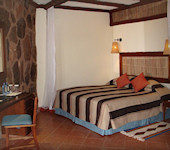 Kilaguni Serena Game Lodge standaard kamer inrichting, Tsavo West National Park Kenia